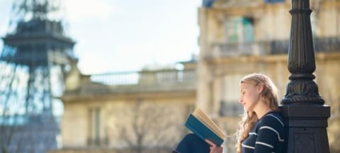 France Plans English-Language Boost to Increase International Student Numbers