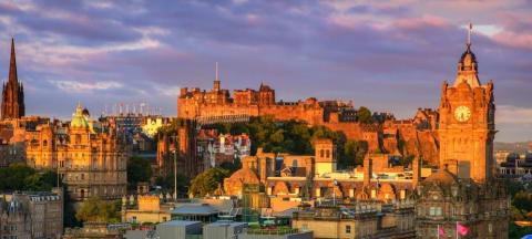 Scottish Universities See Record Graduate Enrollments