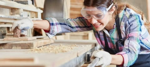 Do Non-Degree Programs Offer Equal Benefits to Men and Women?