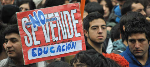 Chilean Students Take Stand Against Profiteering in Education