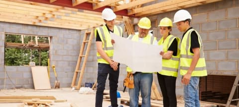 Seven Reasons to Work in the Construction Industry