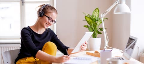 Online Learning Do's and Don'ts