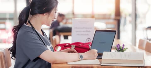 Five Countries to Choose for Nursing Degrees