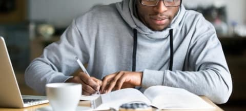 Four Unusual Ways To Make Your College Essay Stand Out