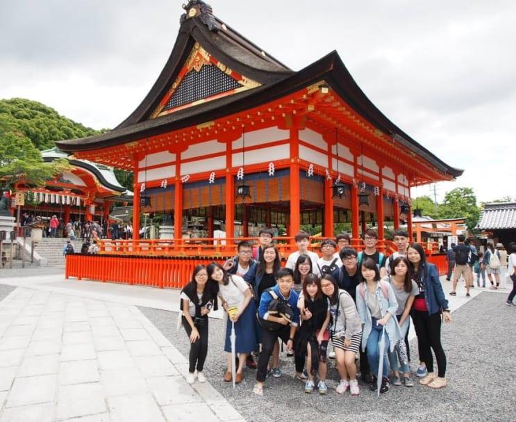 110237_History_AcademicExchangetoJapanchuantongyulishizhijianjingbanxueshujiaoliutuan.jpg
