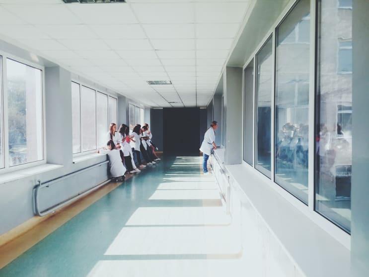 124449_doctors-2607295_960_720.jpg