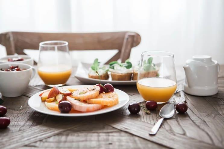 125640_breakfast-1835478_960_720.webp