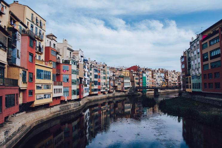 Cases de l'Onyar, Girona, Spain.