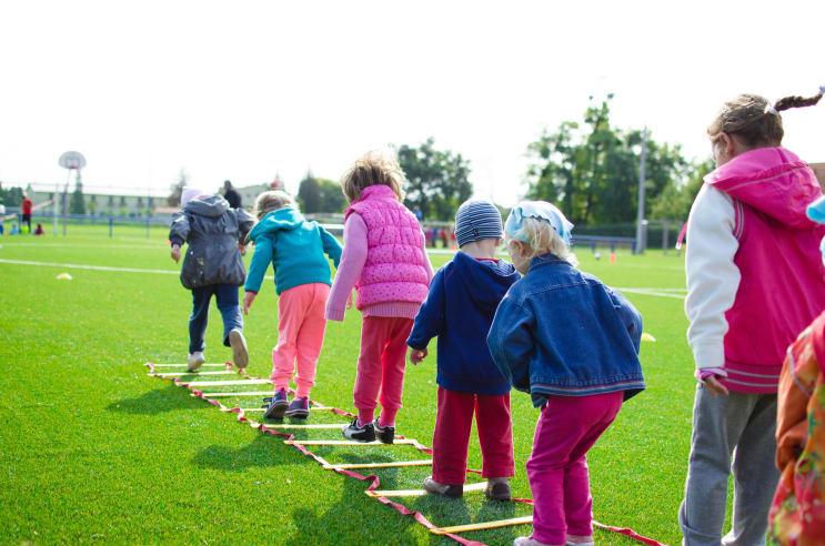 129856_rsz_action-activity-boy-children-296301.jpg