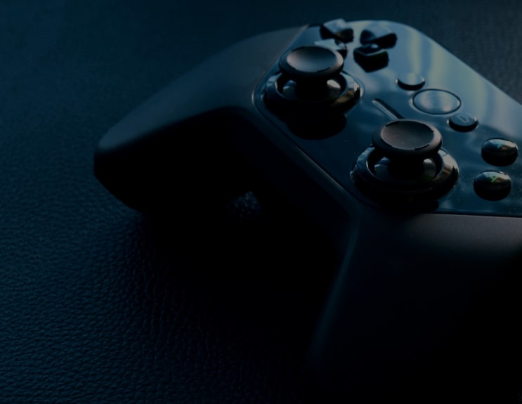 131214_gamepad-video-game-controller-game-controller-controller-159393.jpeg