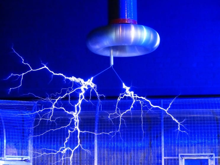 flash, tesla coil, experiment