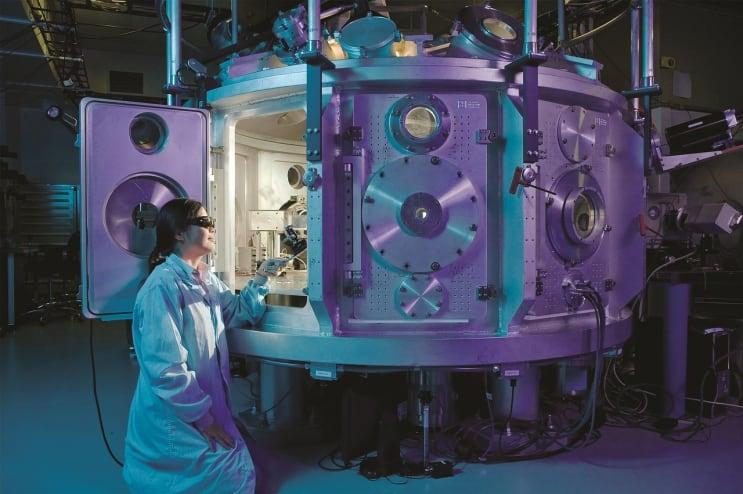 scientific, equipment, physicist