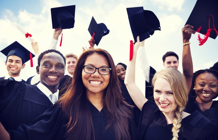 132254_132214_Scholarships.jpg