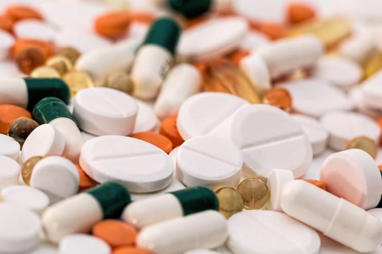 135707_headache-pain-pills-medication-159211.jpeg