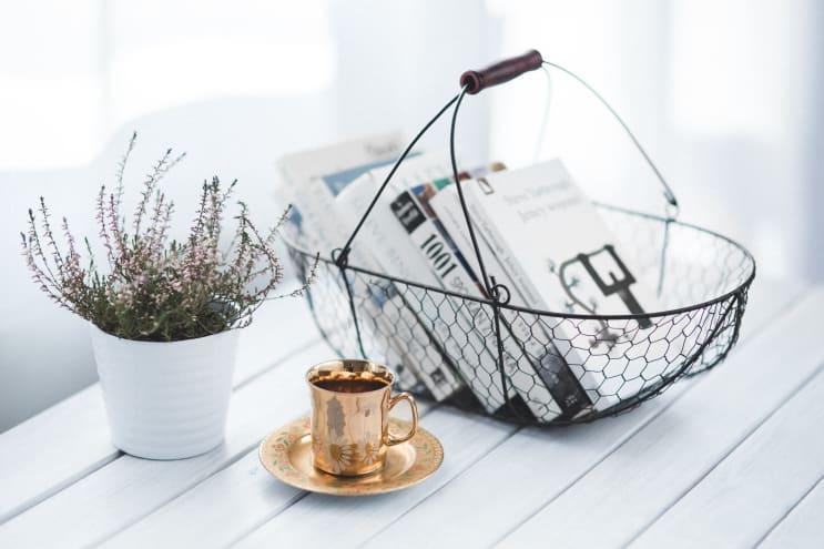 137278_coffee-cup-books-home.jpg