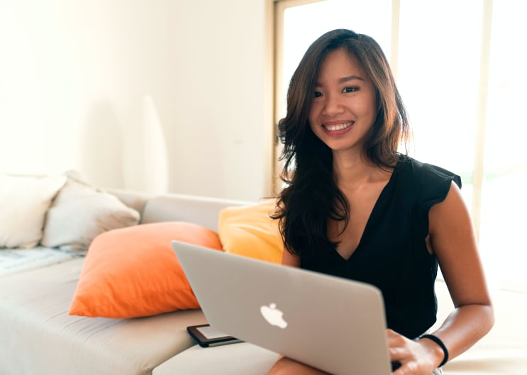 Founder of CuriousBarbell.com Asian Digital Nomad Blogger Remote Work