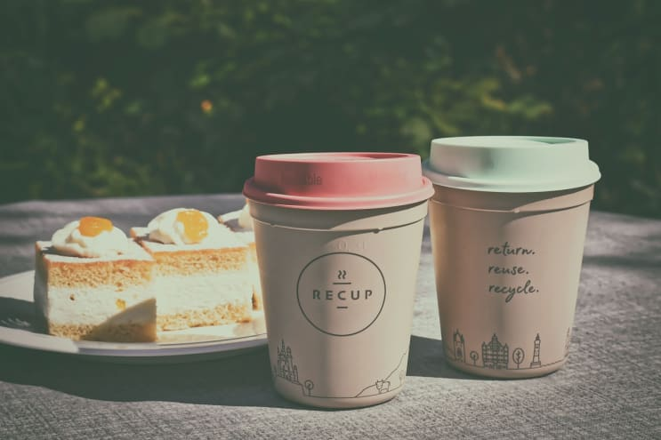 recup, coffee to go, plastic cups