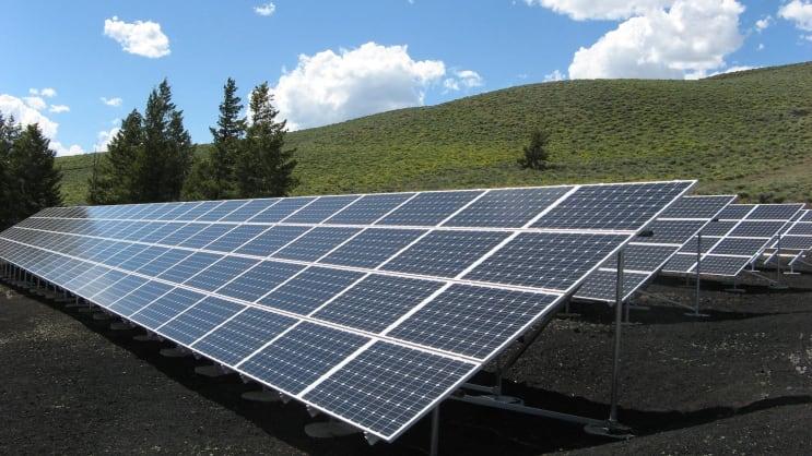 148398_solar-panel-array-power-sun-electricity-159397.jpeg