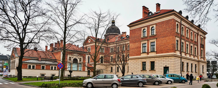 Cracow University of Economics in Poland - Bachelor Degrees