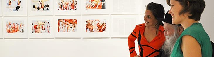 Artista Herman Nitsch e curadores Karlyn de Jongh e Sarah Gold